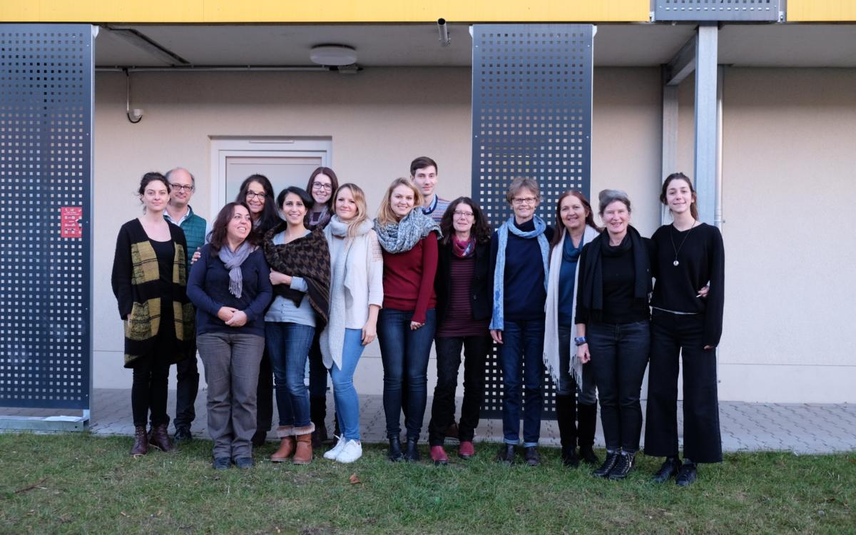 "Flüchtlingshilfe durch ""Expressive Sandarbeit"" in Stuttgart"